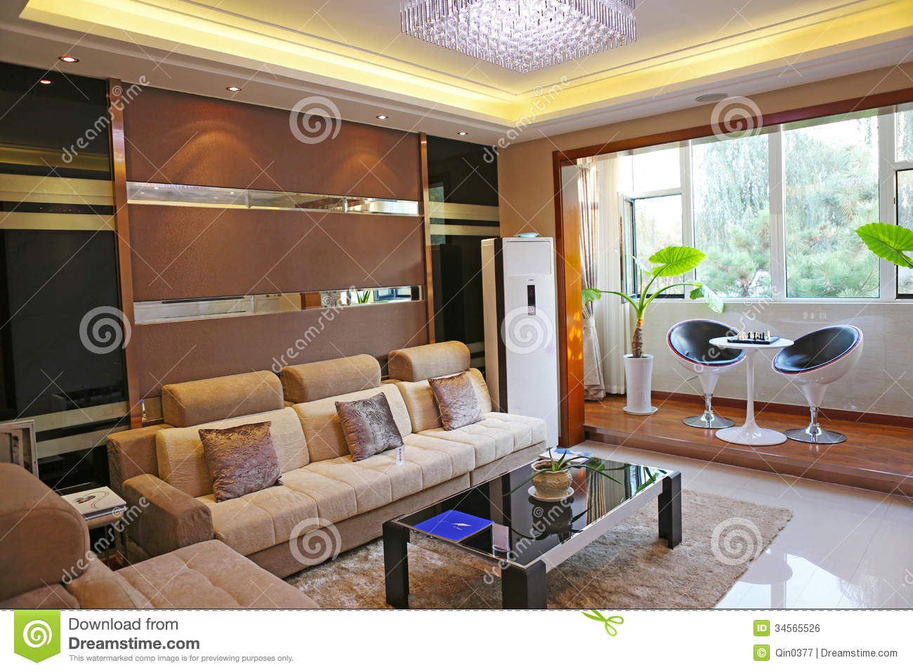 Family living room royalty free stock image image 34565526 for Family living room decor