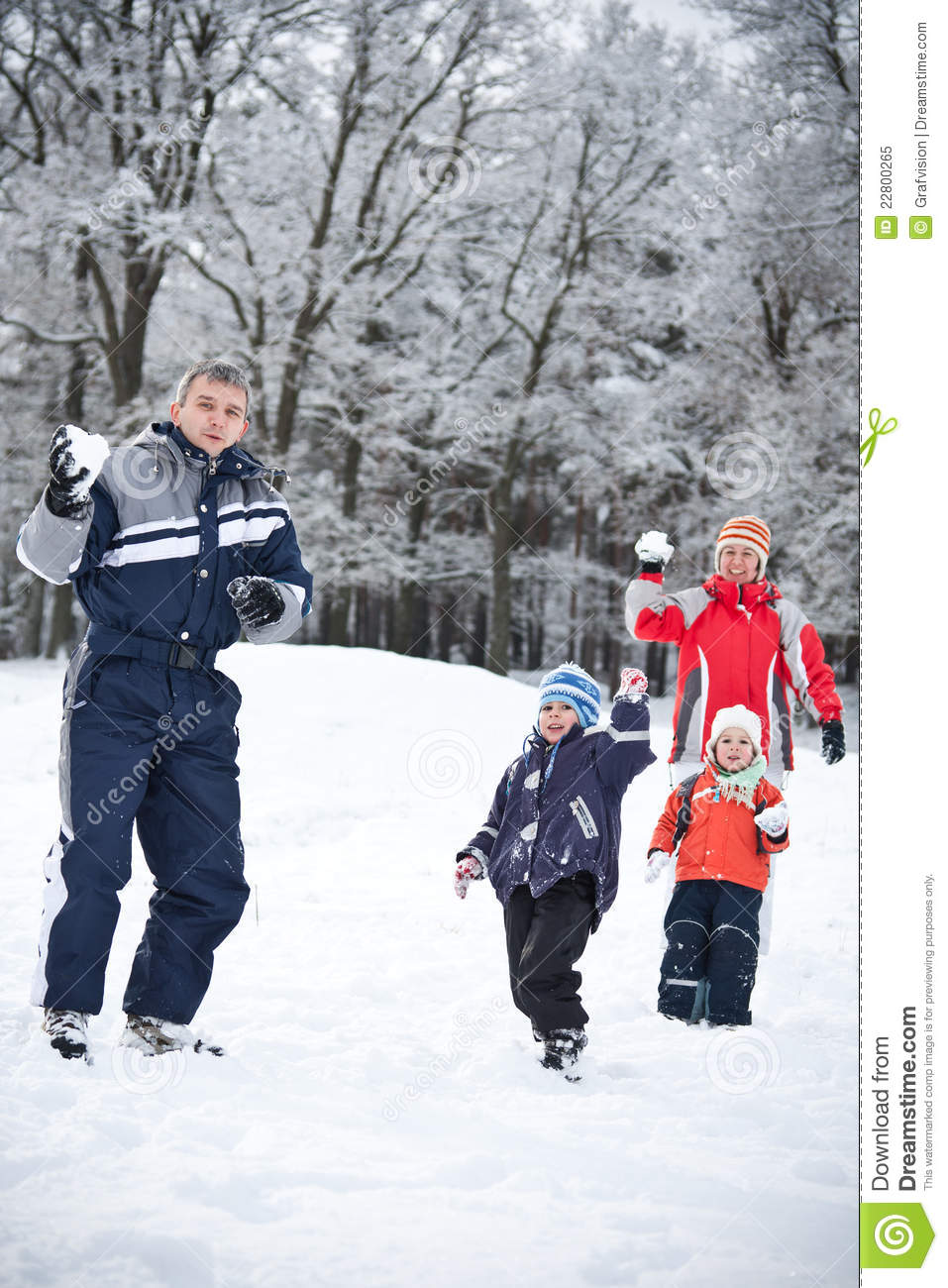 Family playing with snow royalty free stock photo image for Vacation in the snow