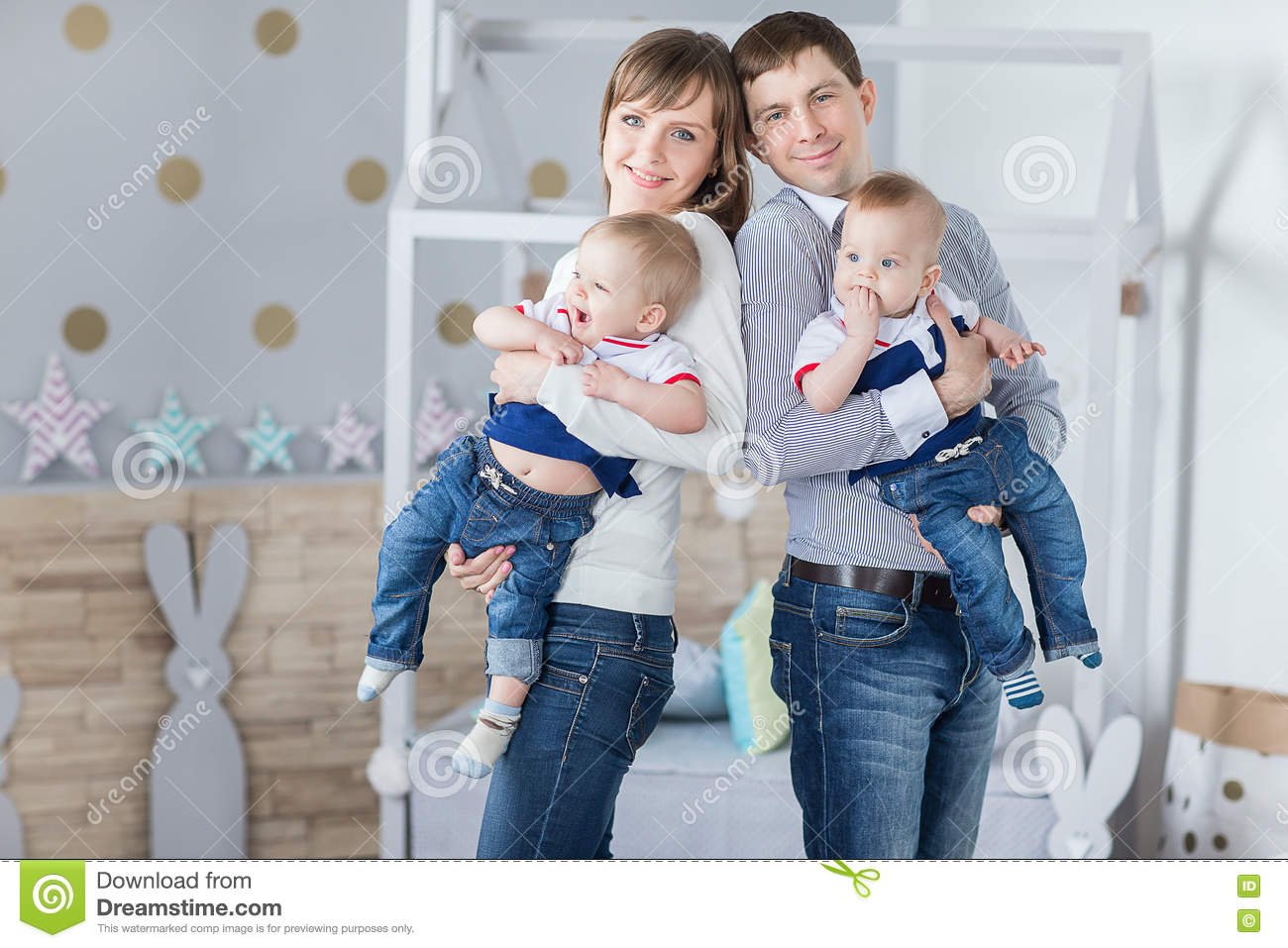 Family Portrait Of Happy Mom Dad Stock Photo - Image of father, glee ...