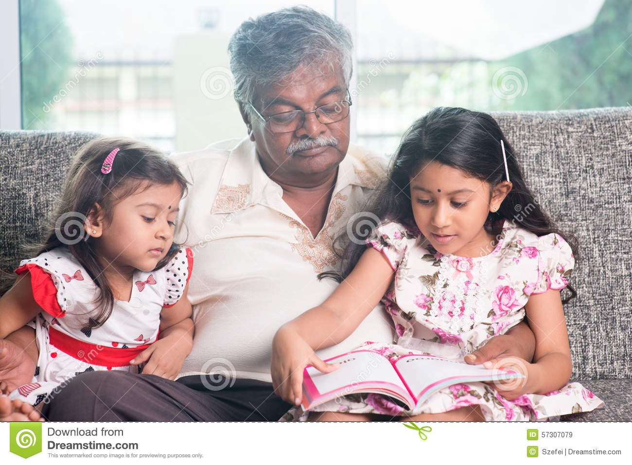 story in hindi font on happy family Family status in english for facebook are very useful for those who upload stories or posts on fb which can relate to their family short family status for instagram bio can be posted in a bio to show in description about your family.