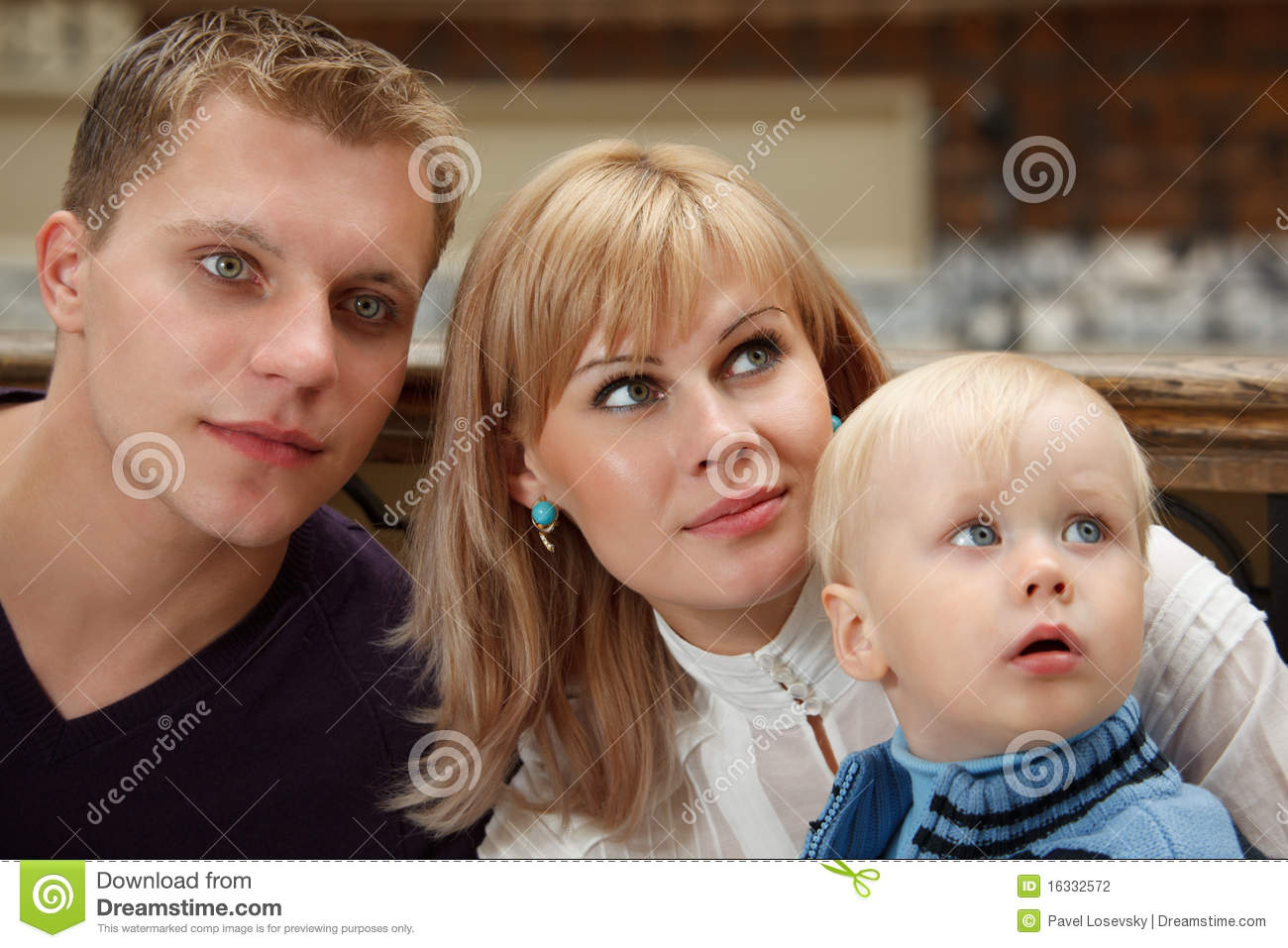 people family three close look right photography