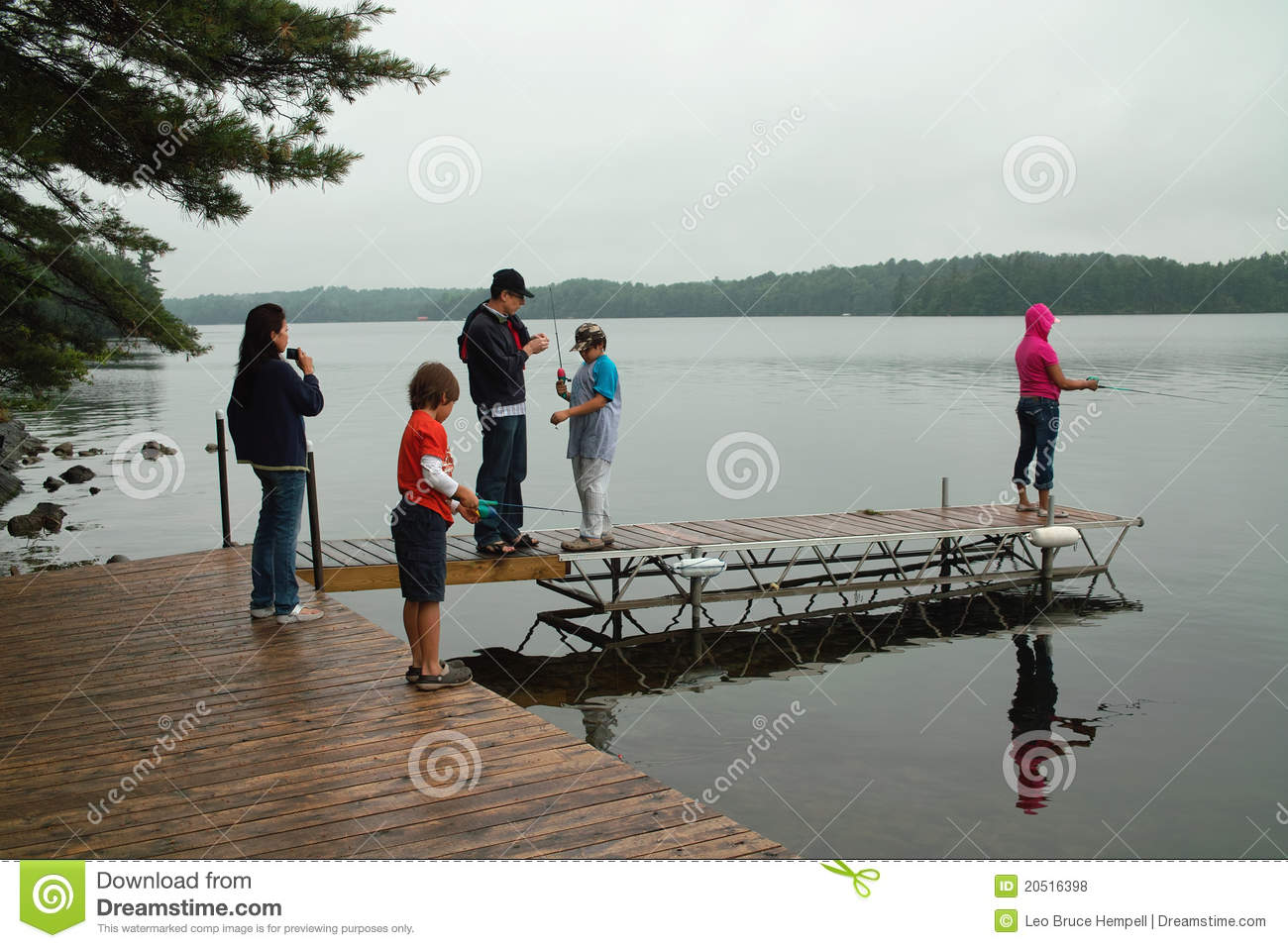Family Weekend At Ontario Canada Cottage Fishing Stock Photo Image Of Children Canada 20516398