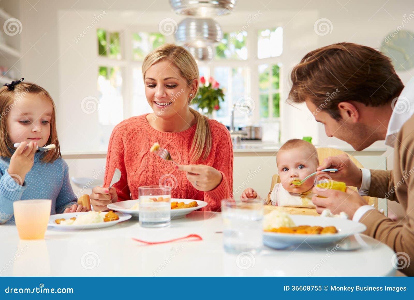 stls level2 support children at meal
