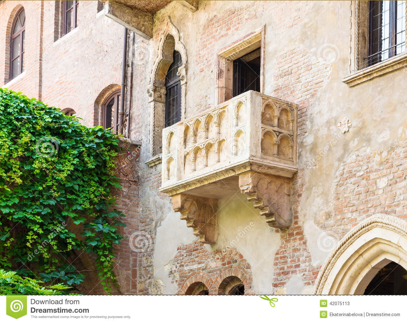 The famous balcony of juliet capulet home in verona stock for Famous balcony
