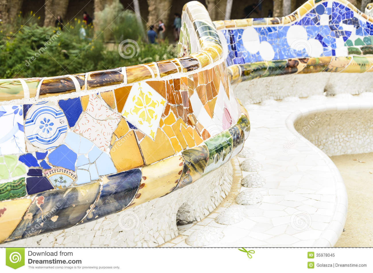 famous bench in park guell  barcelona royalty free stock park bench clipart sitting on a park bench clipart