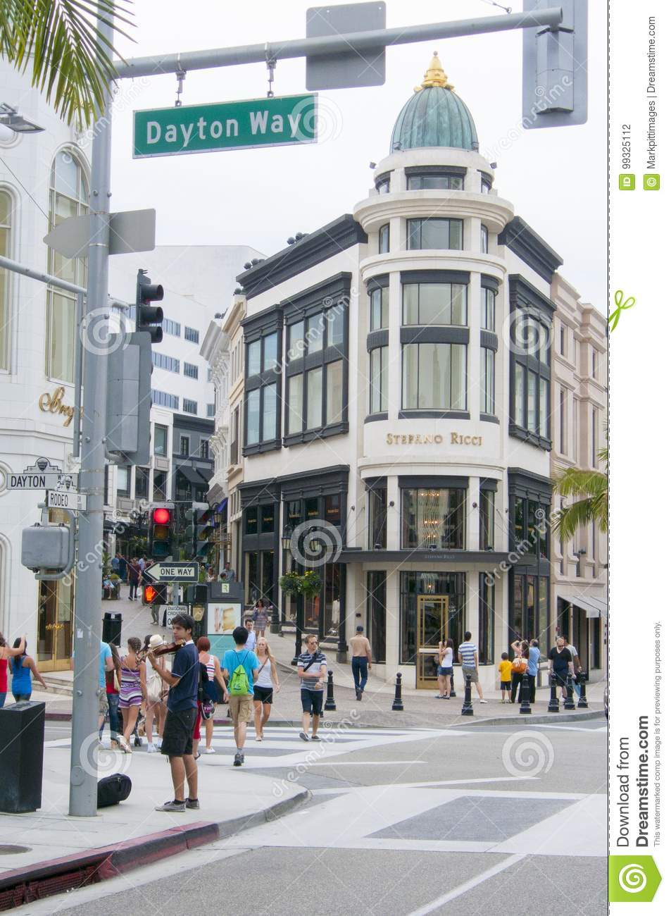 Famous shopping area in rodeo drive los angeles united states