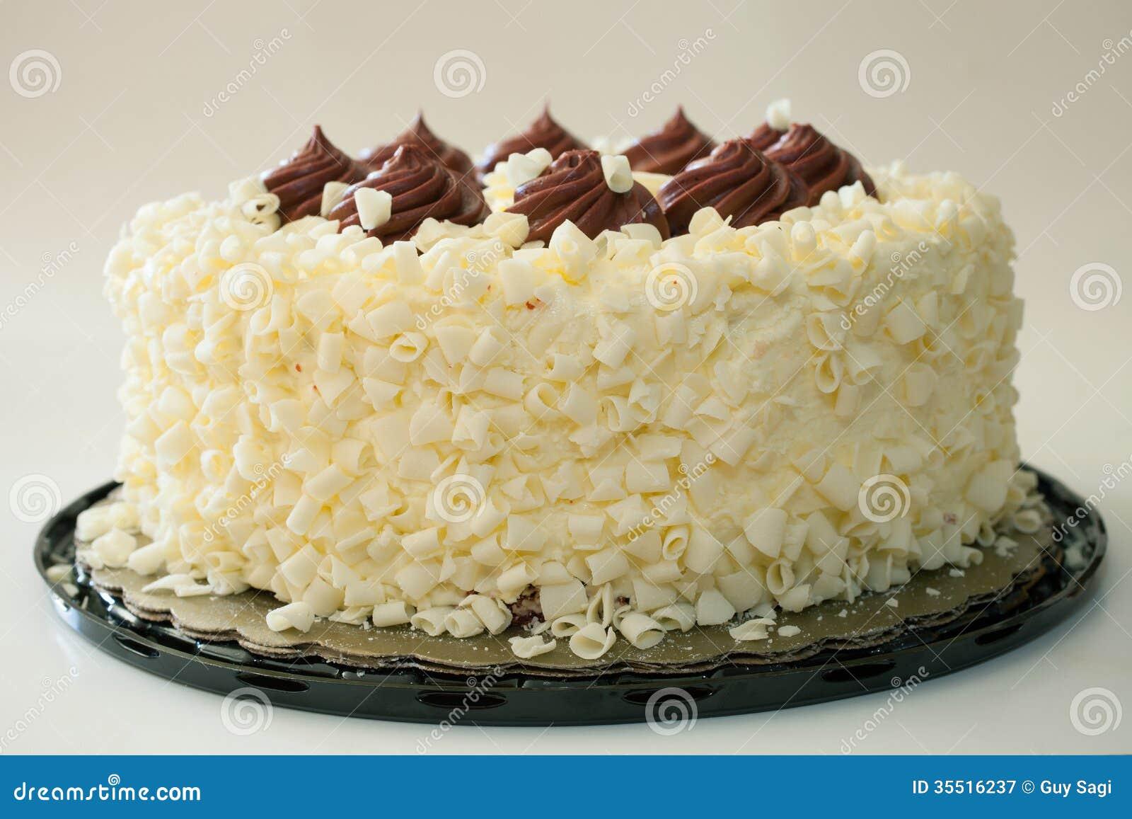 Lemon Cake With Vanilla Frosting