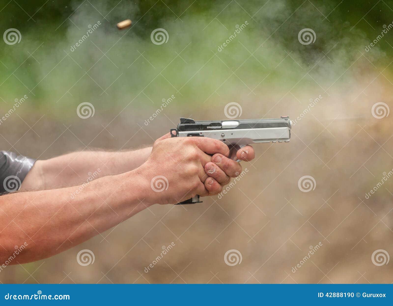 Fangen Sie eine Kugel
