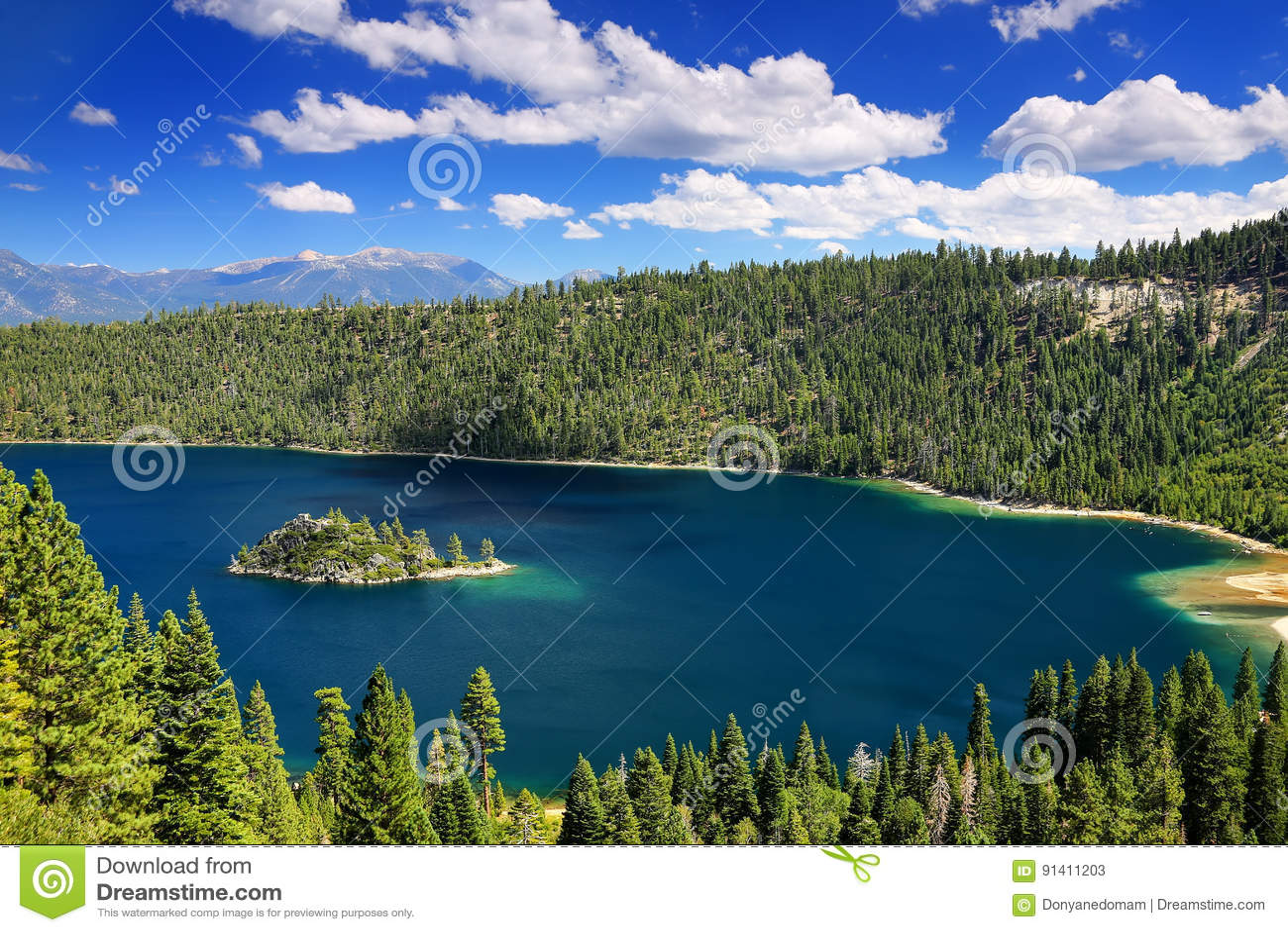 Fannette Island em Emerald Bay em Lake Tahoe, Califórnia, EUA
