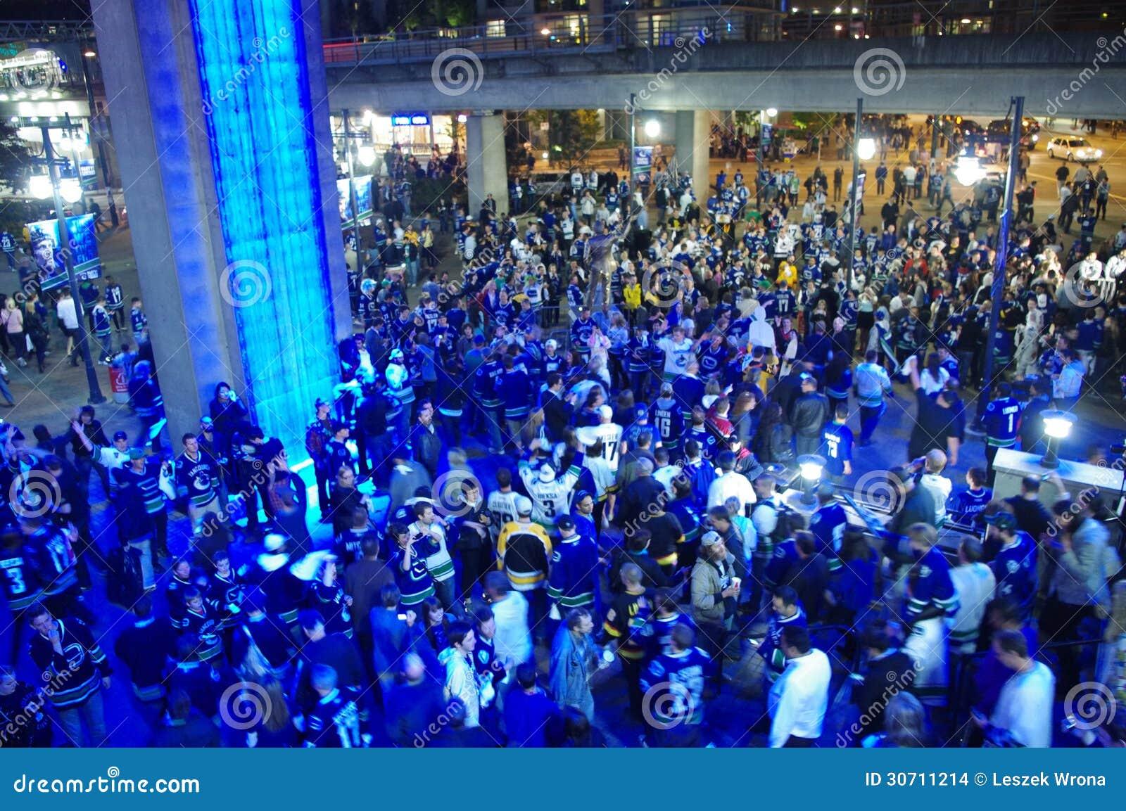 Fans de hockey de los Vancouver Canucks