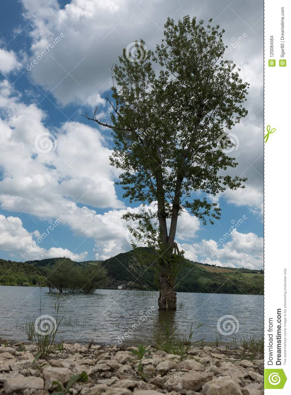 Lago Di Casoli Ch Abruzzo Italy Stock Photo - Image of italy, blue ...