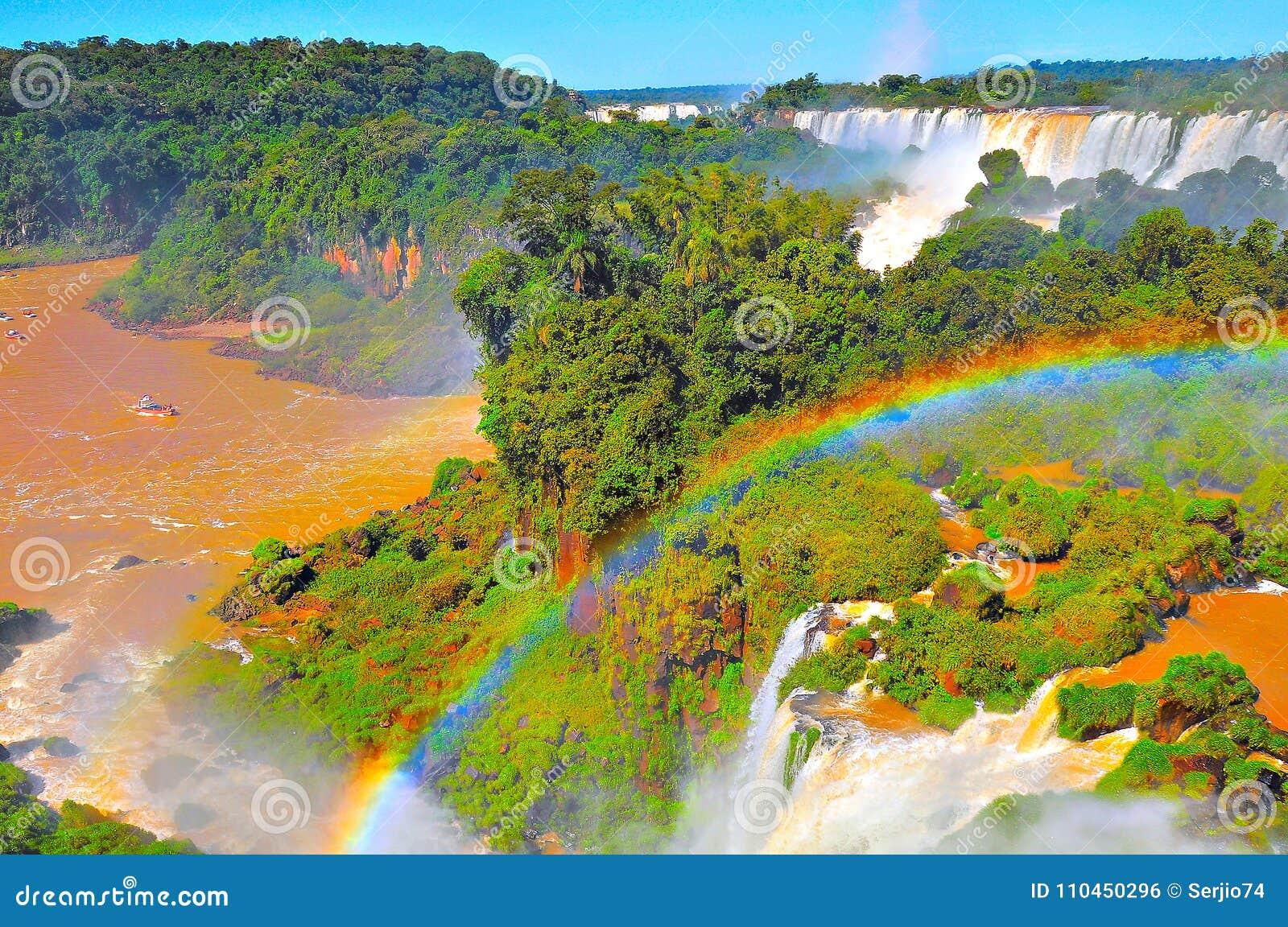 Fantastisk sikt av Iguazu Falls