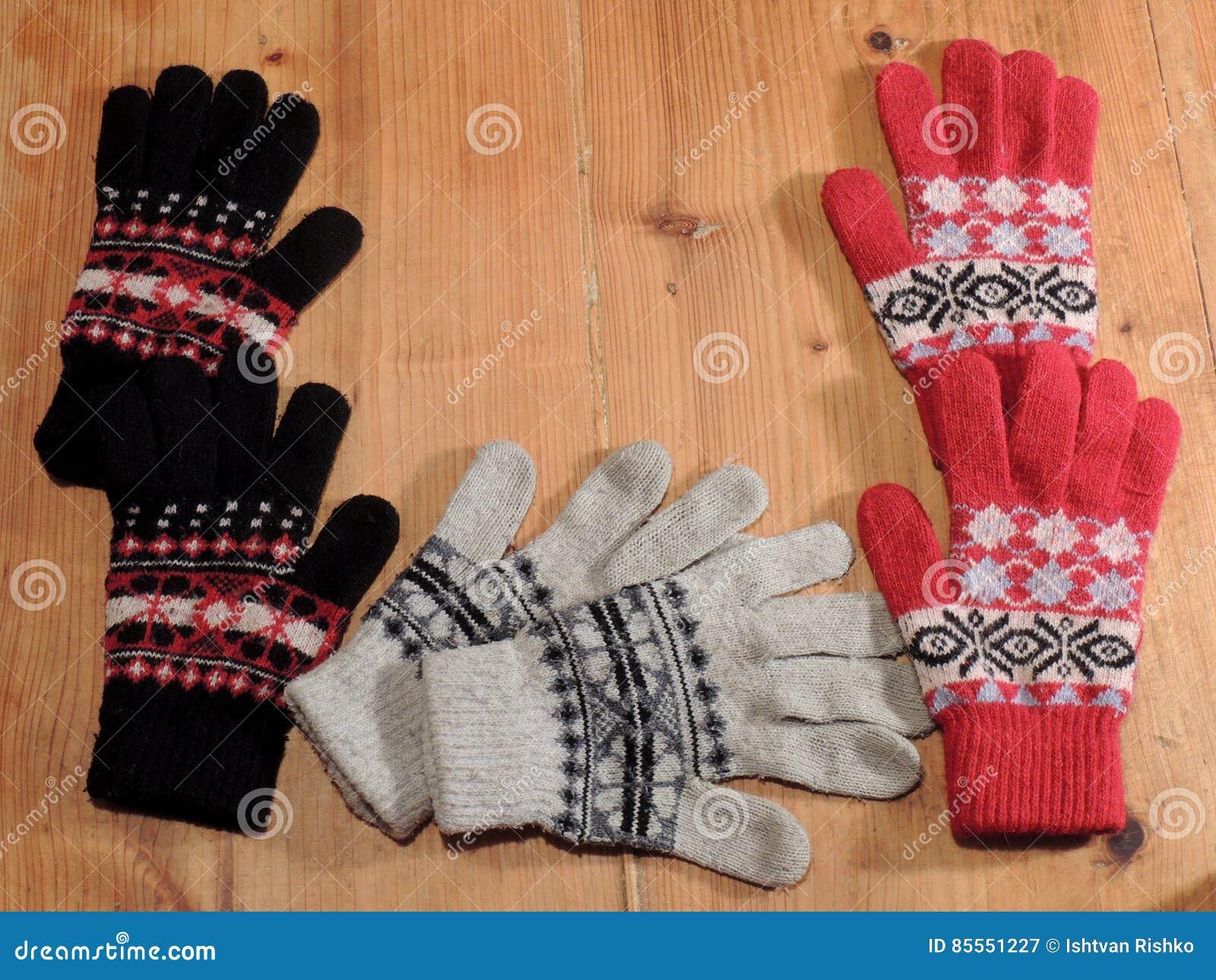 Farbige Handschuhe