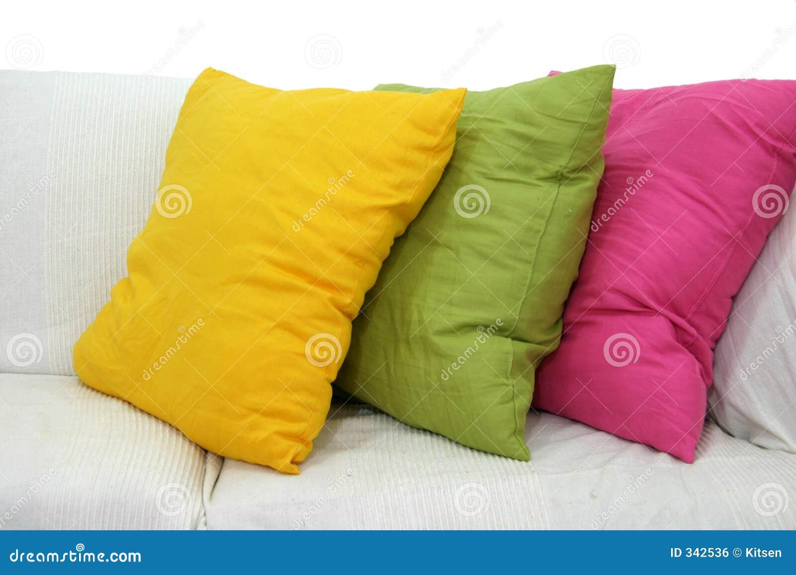 farbige kissen stockfoto bild von couch bequemlichkeit. Black Bedroom Furniture Sets. Home Design Ideas