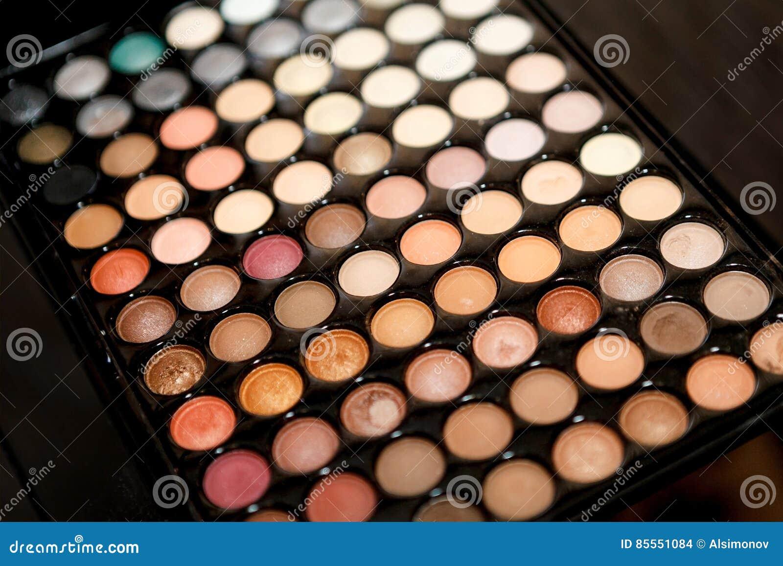 Farbige Make-uppalettennahaufnahme