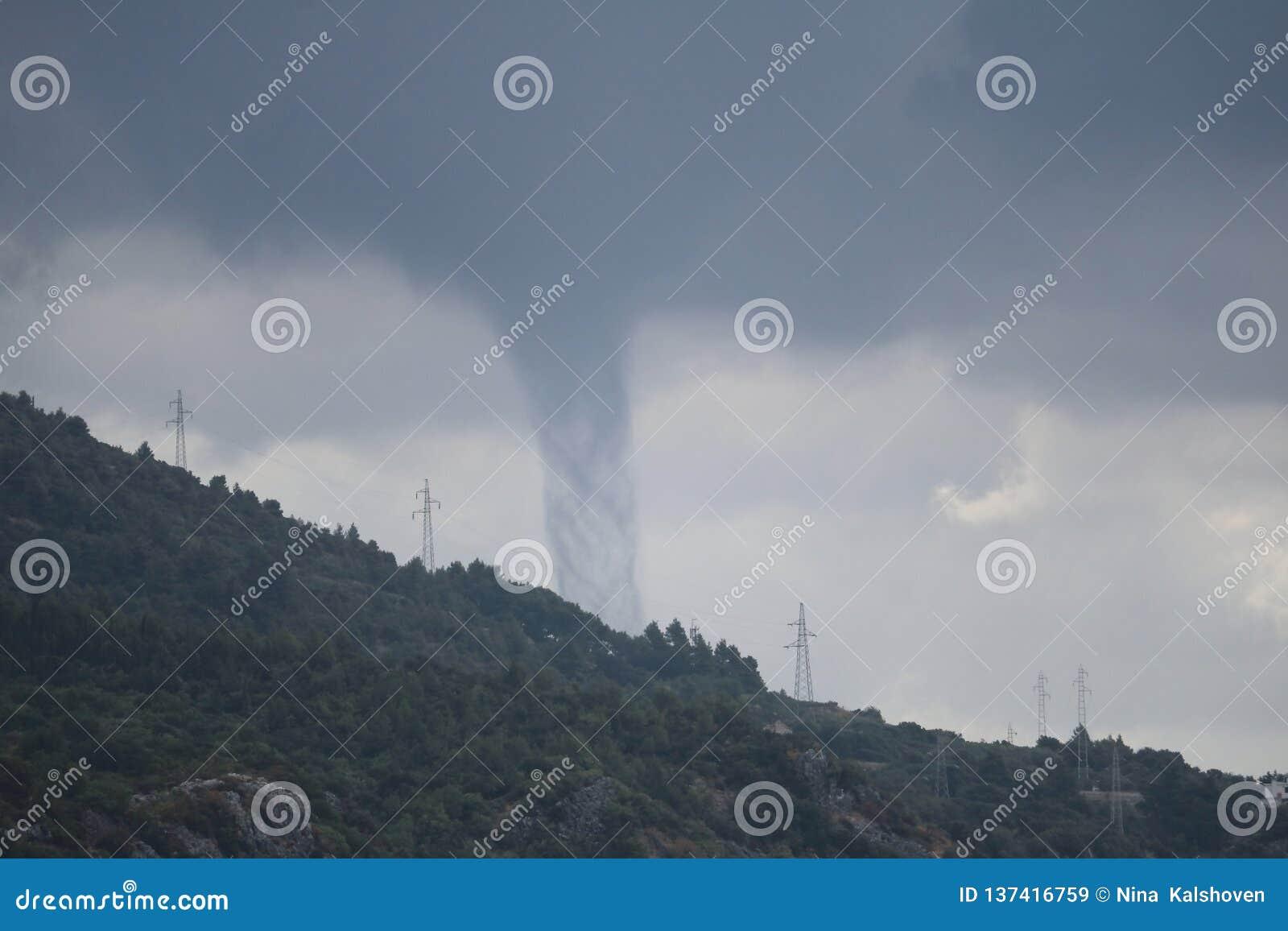 Farlig skydrag bak kullen i Kroatien