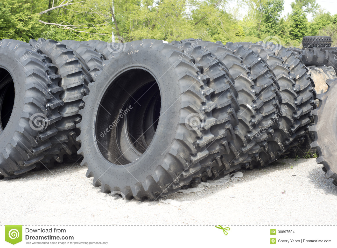 Car Tire Sales: Farm Tractor And Truck Tires Stock Images