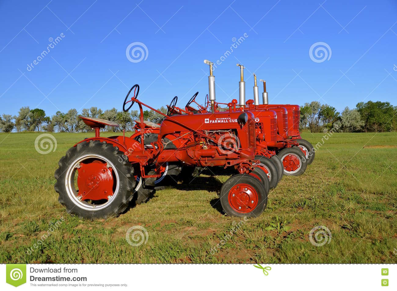 Red Brand New Farmall Tractors : Farmall cub tractor editorial photography image of drive