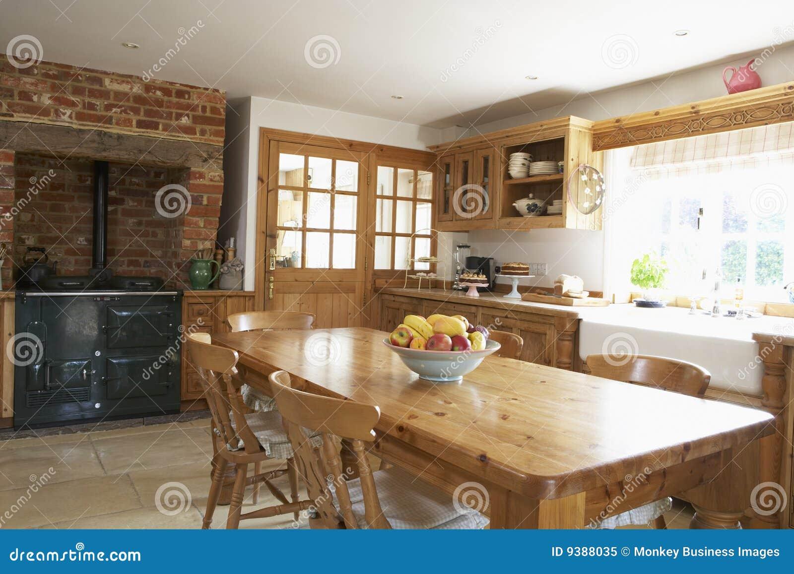 Farmouse εσωτερική κουζίνα
