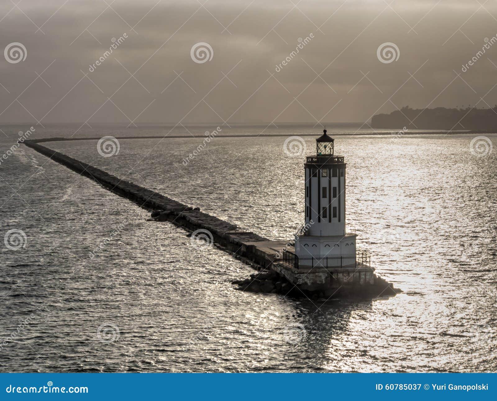 Faro de la puerta del ángel en San Pedro Port, California