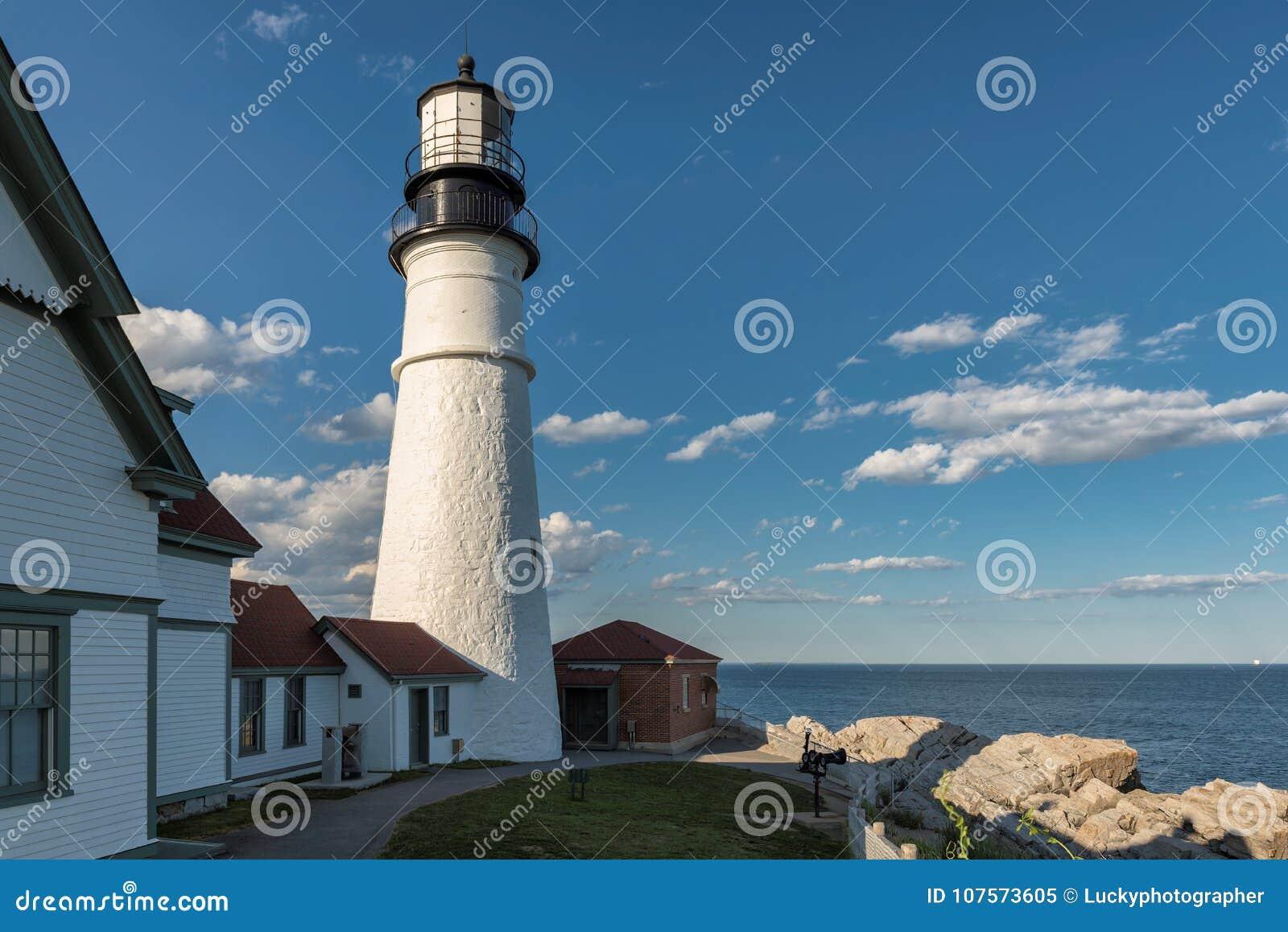Faro de Portland en el cabo Elizabeth, Maine, los E.E.U.U.
