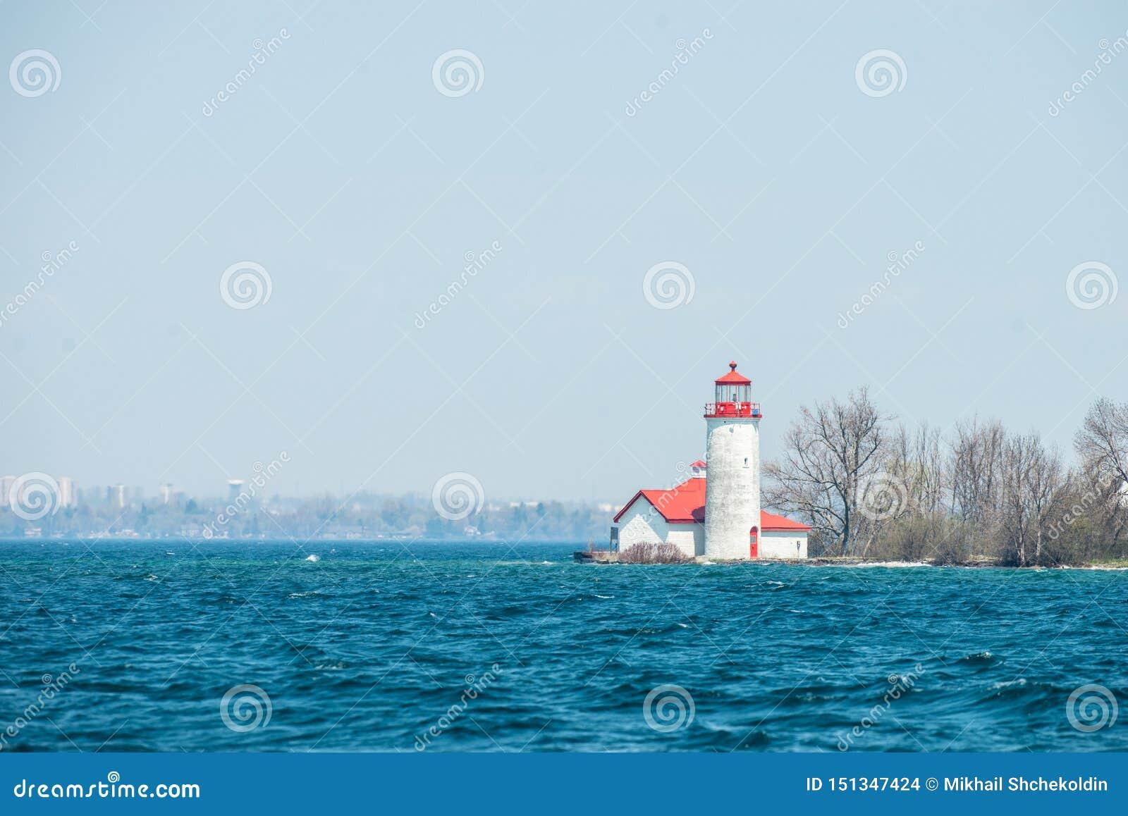 Faro sul lago Ontario