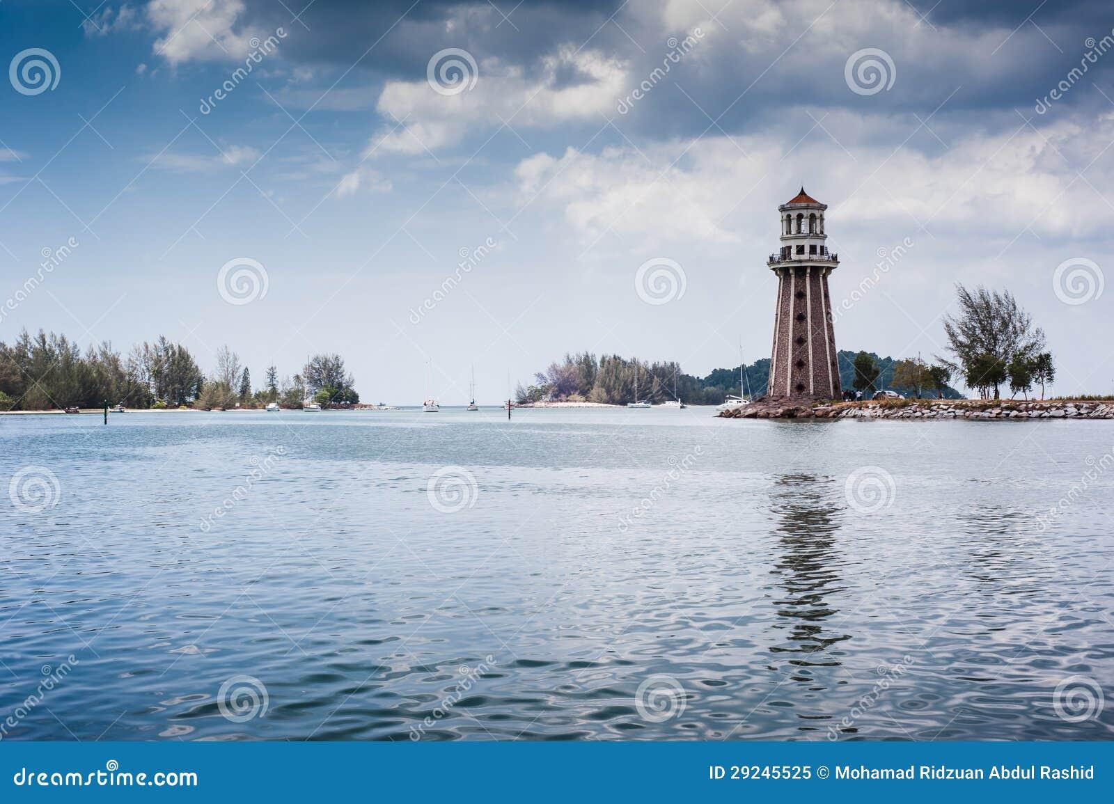 Download Farol imagem de stock. Imagem de nuvens, nave, indústrias - 29245525