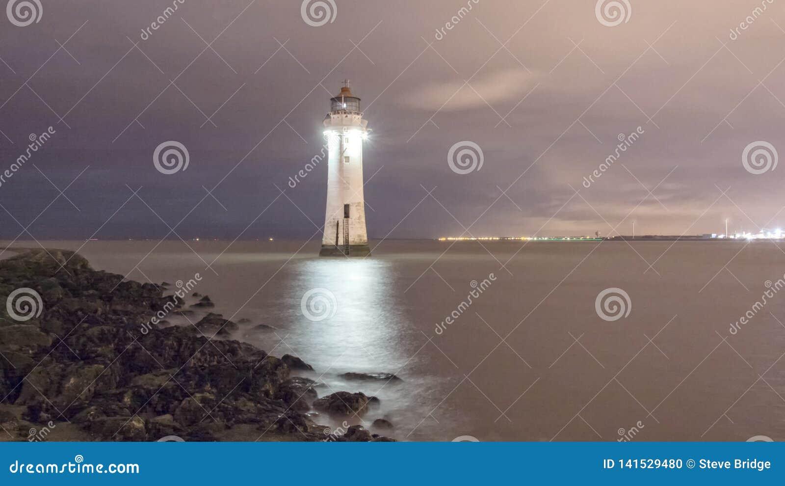 Farol Brighton Wirral England novo Reino Unido da rocha da vara