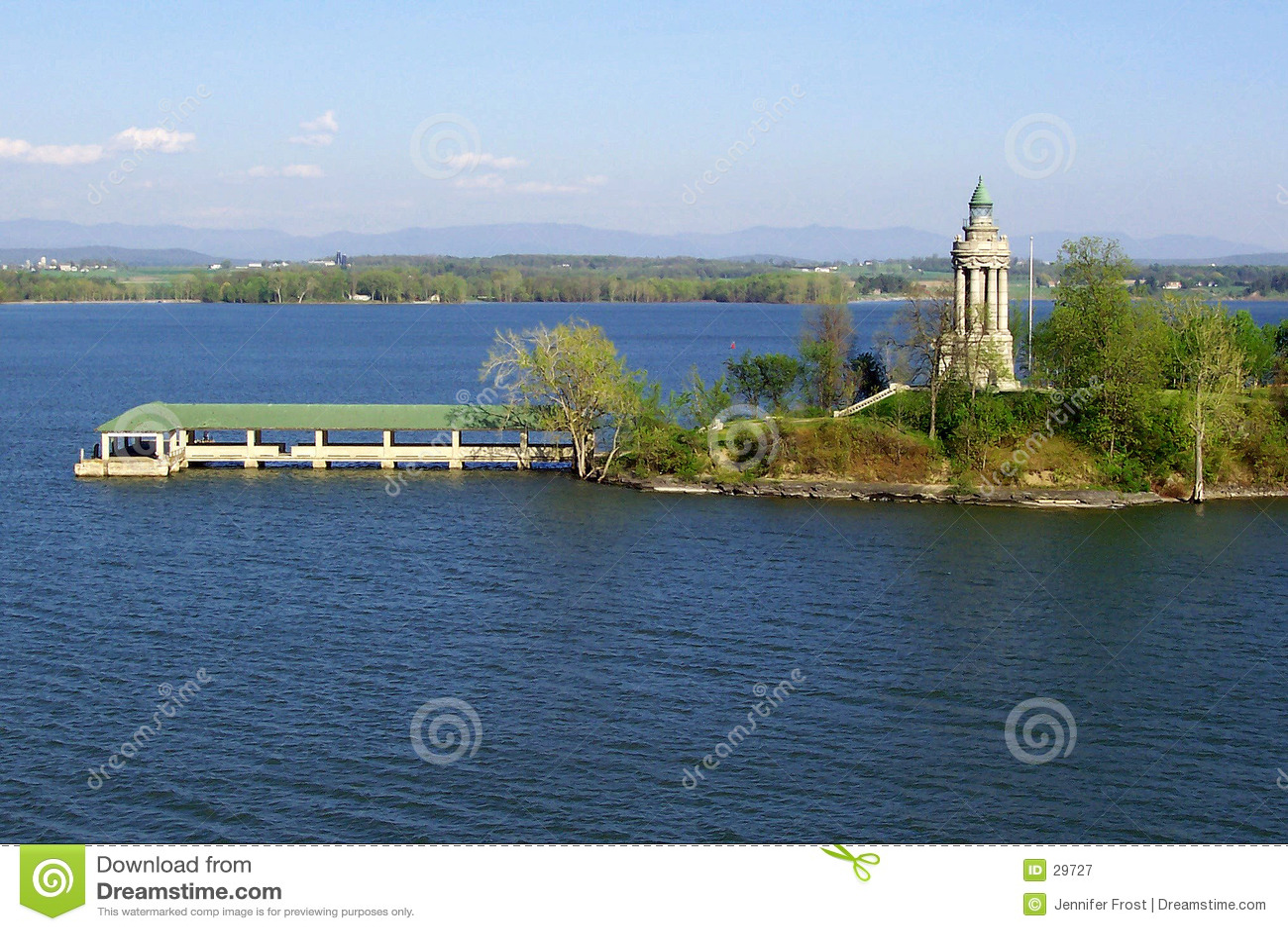 Farol de Champlain do lago