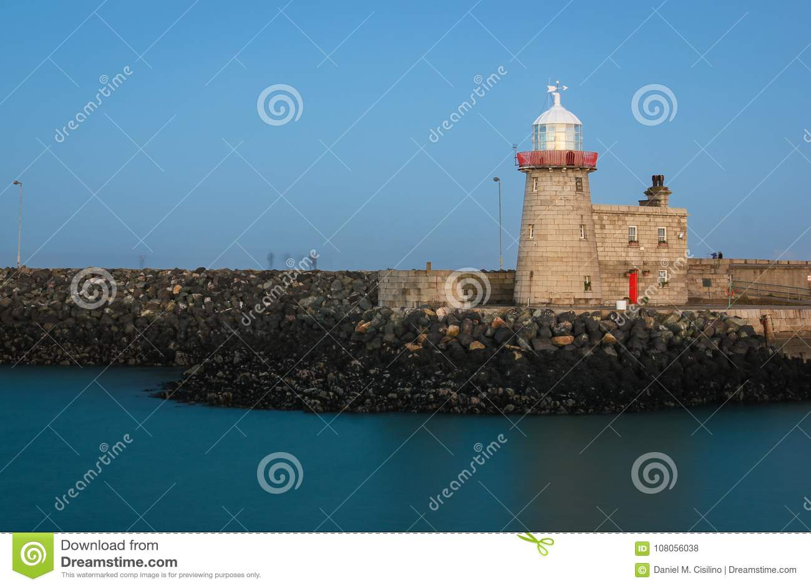 Farol do porto na noite Howth dublin ireland