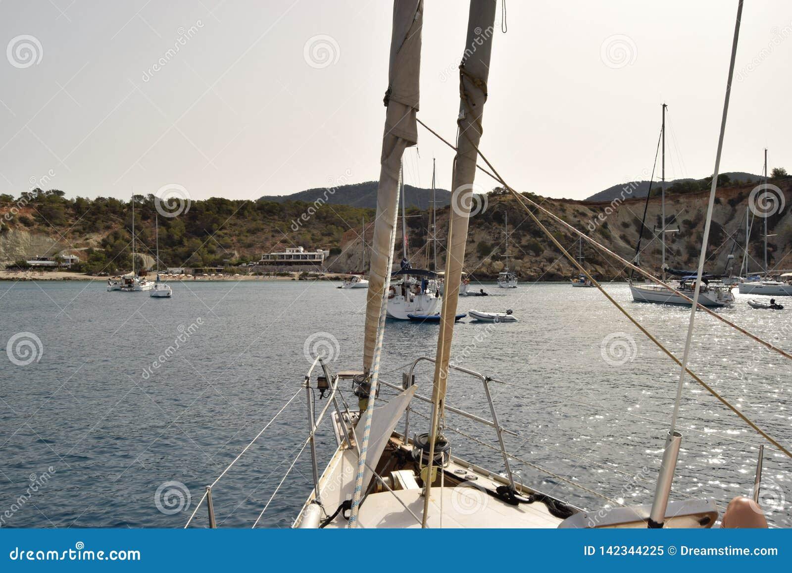 Fartyget seglar - Ibiza Spanien