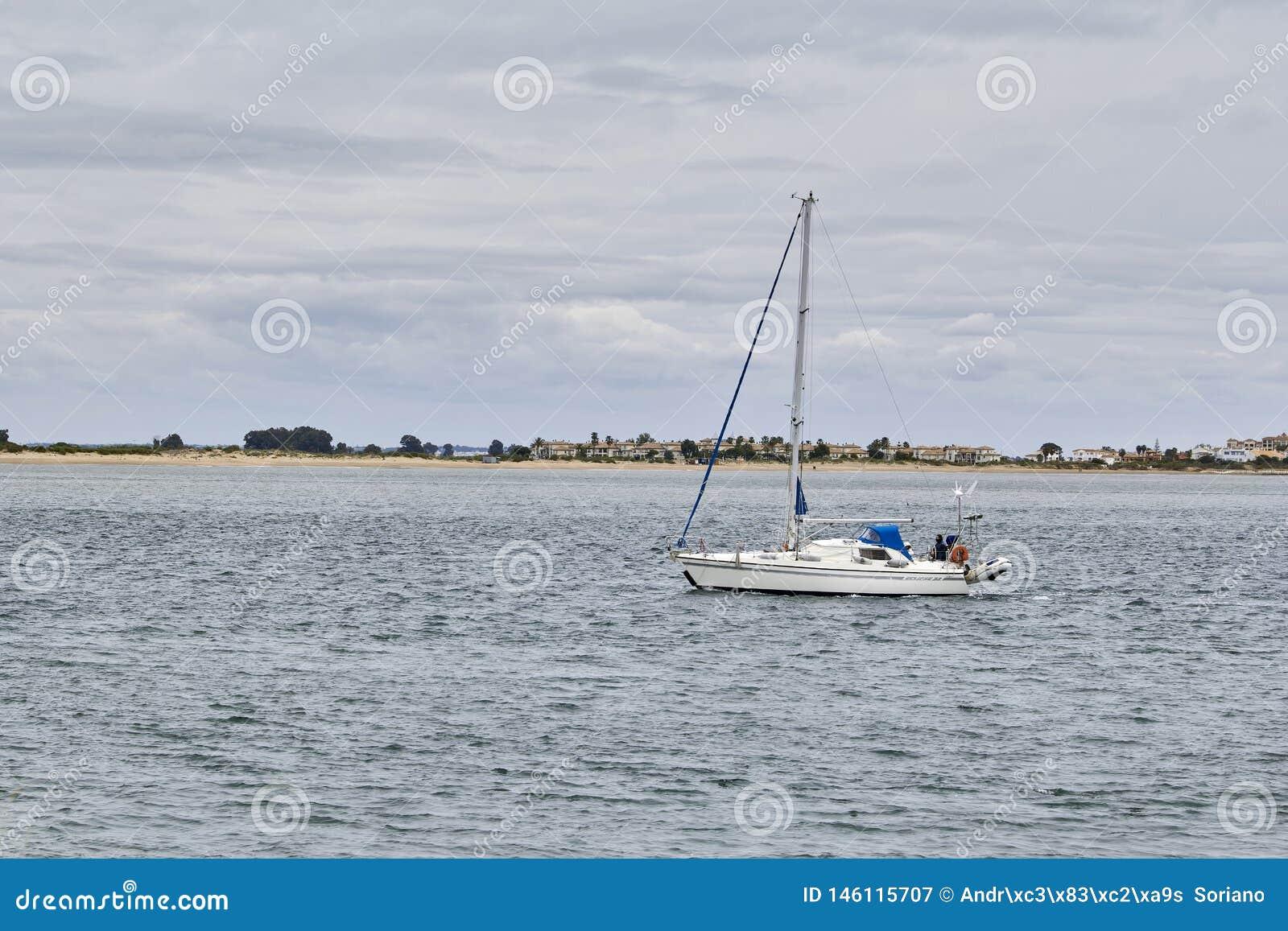 Fartygsegling p? havet
