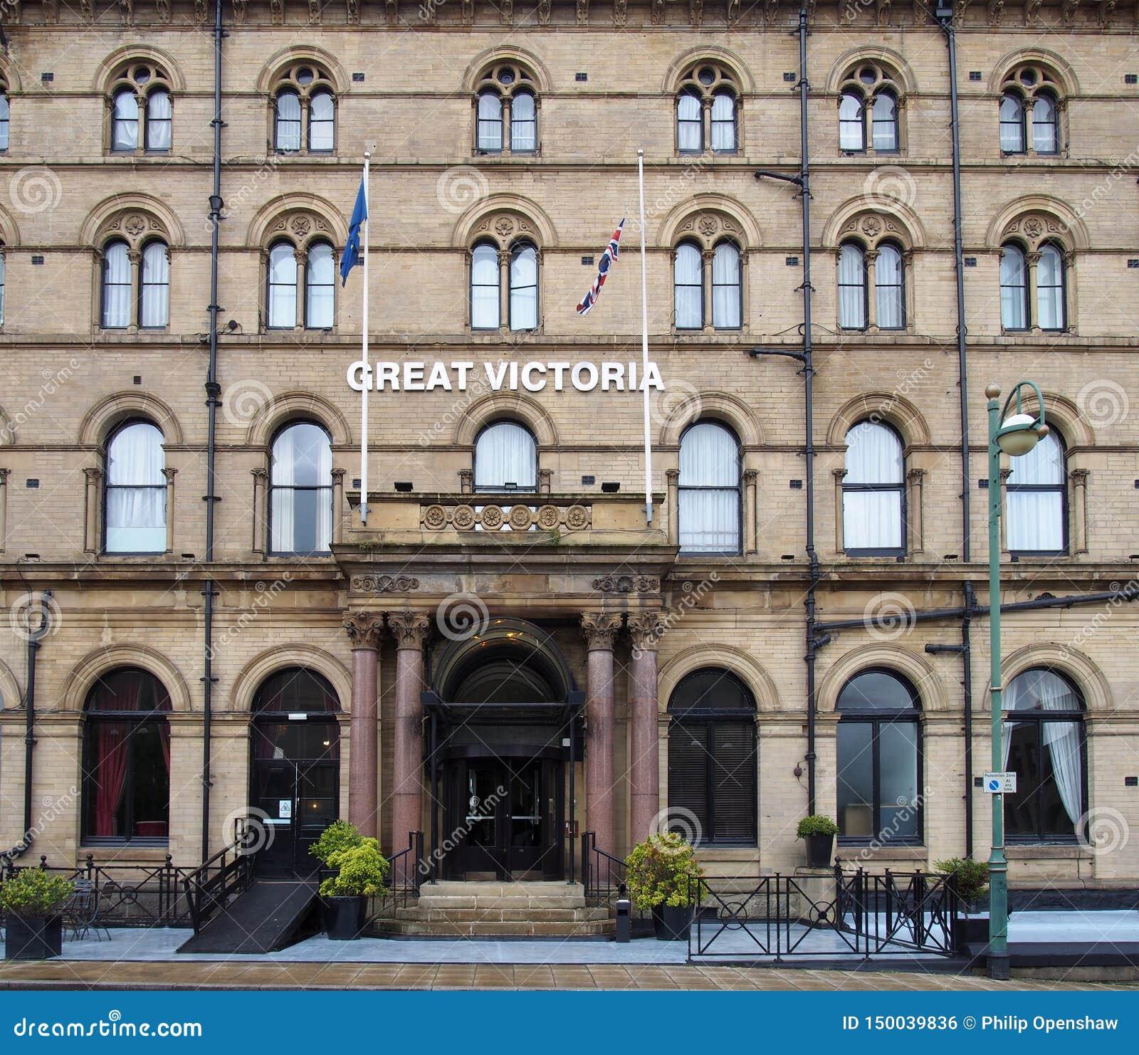 Fasada historycznego xix wiek Victoria wielki hotel w Bradford zachodnim - Yorkshire