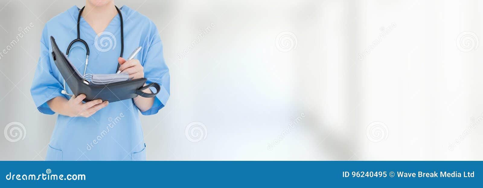 Fascicoli aziendali e cartelle del dottore Woman