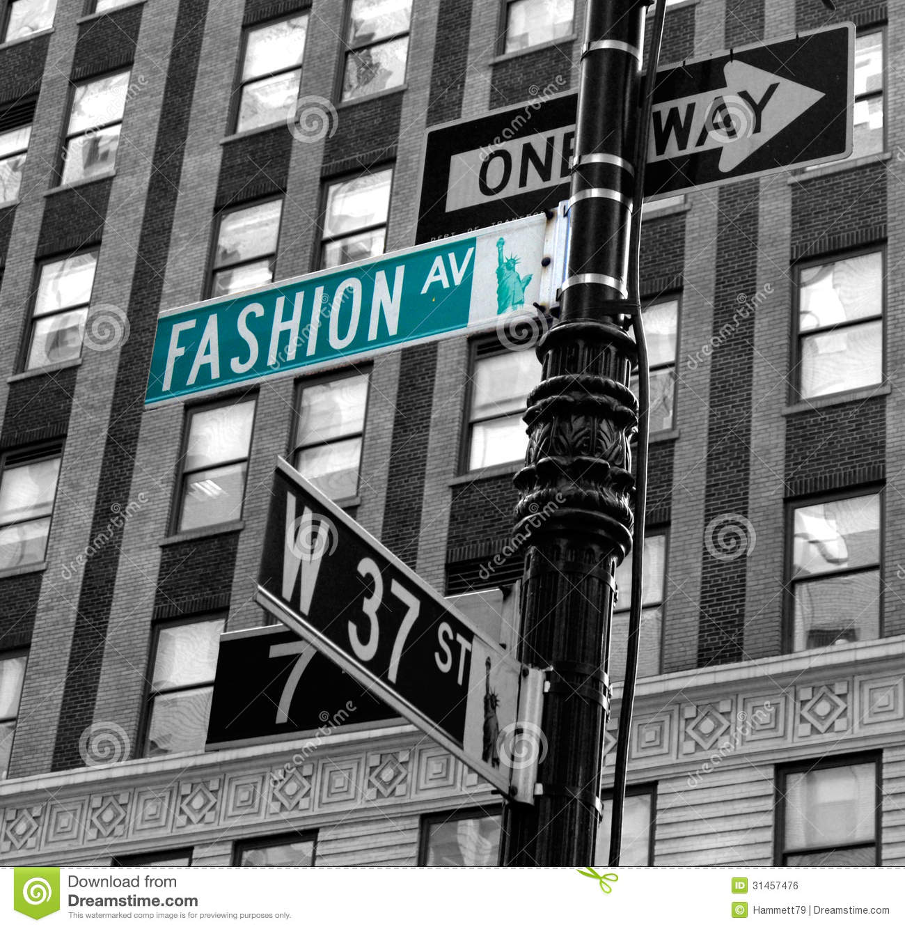New York Developers To Build Suburban Style Mall In The: Fashion Avenue Royalty Free Stock Image