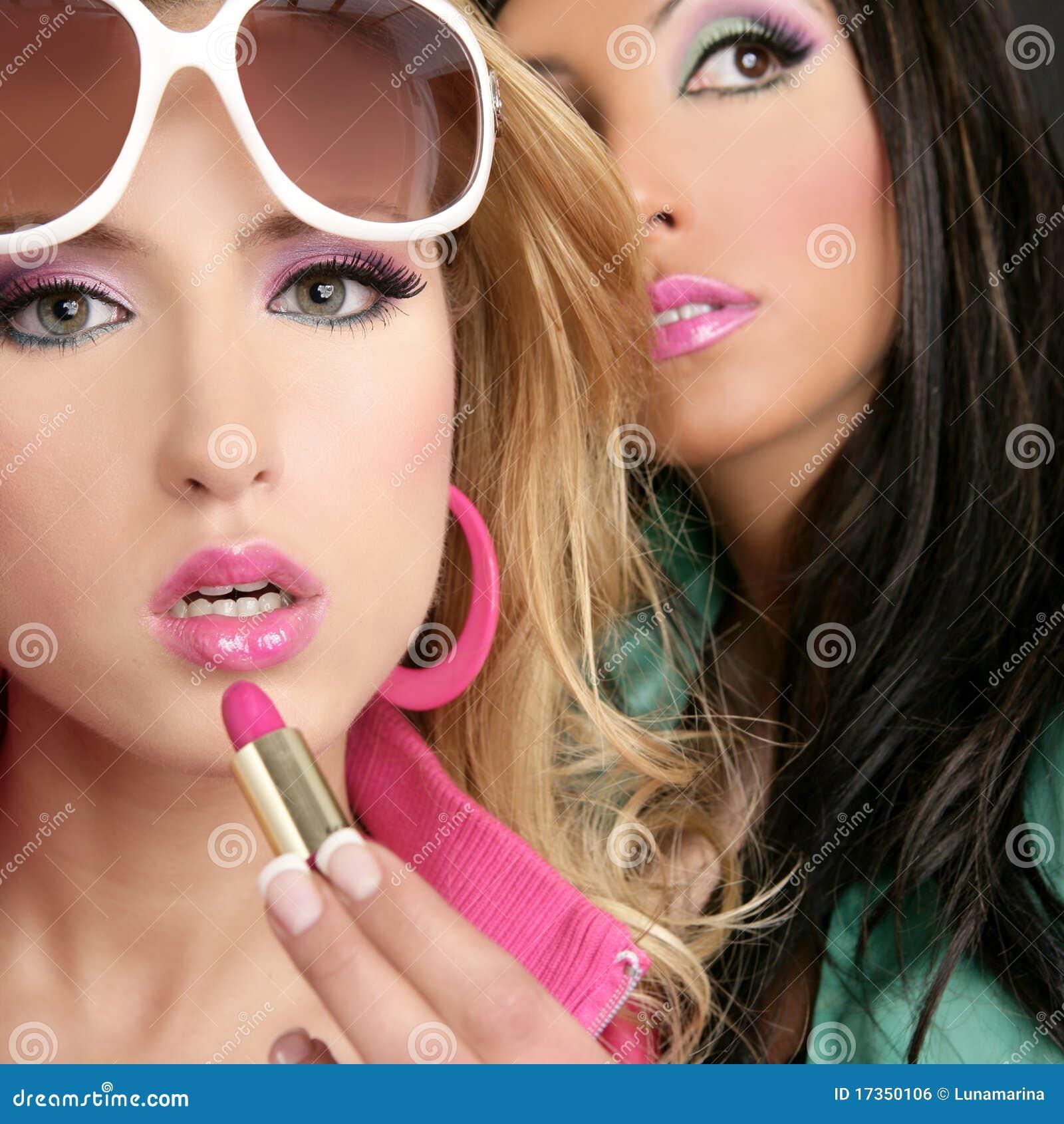 Как нанести макияж барби