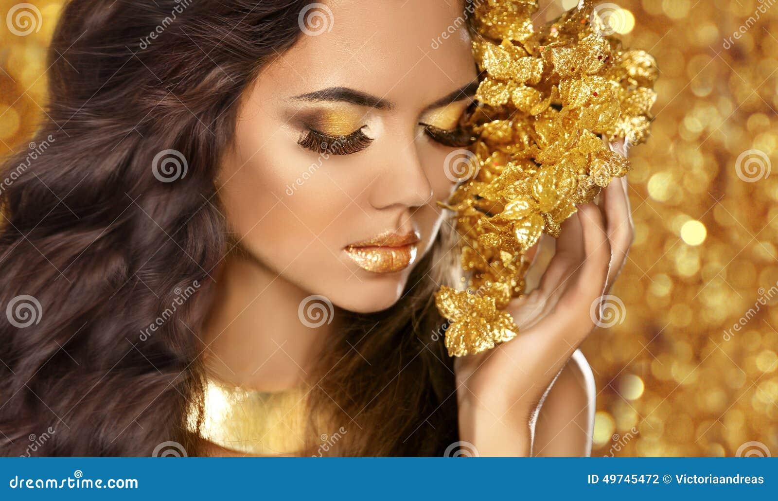 Fashion Beauty Girl Portrait Eyes Makeup Golden Jewelry