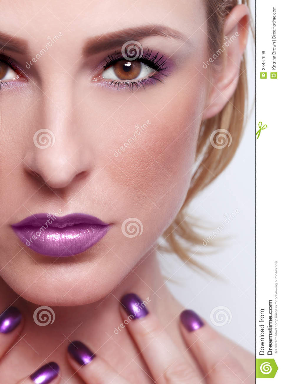 Beauty Make Up: Fashion Beauty Make Up With Matching Lips And Nails Stock