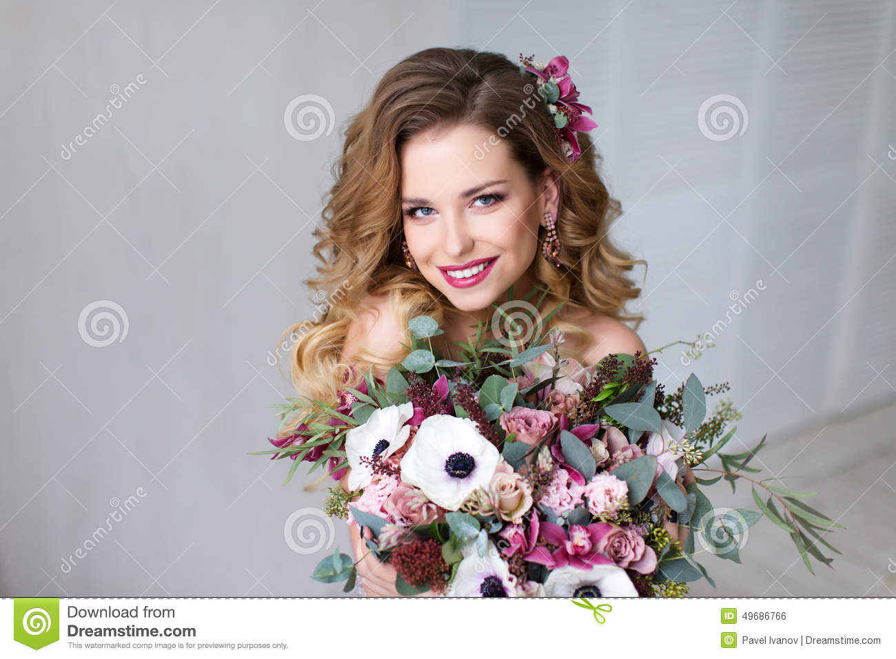 Fashion Beauty Model Girl With Flowers Hair. Stock Photo