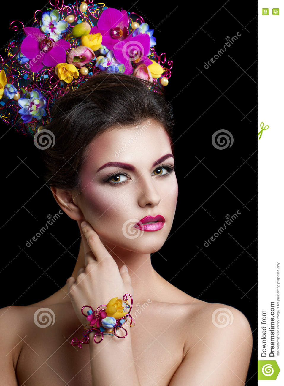 Fashion beauty woman with flowers in her hair and around her neck fashion beauty woman with flowers in her hair and around her neck perfect creative make up and hair style hairstyle bouquet of beautiful flowers izmirmasajfo