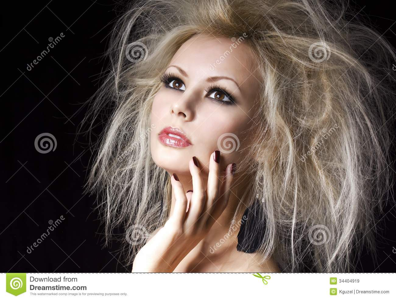 Fashion Blonde Girl Beautiful Blonde Woman With Professional Makeup And Humidity Hair Style