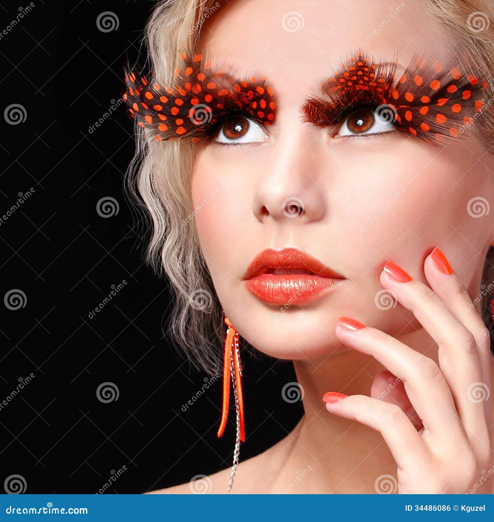 blonde eyelashes fashion halloween long makeup - Halloween Makeup Professional