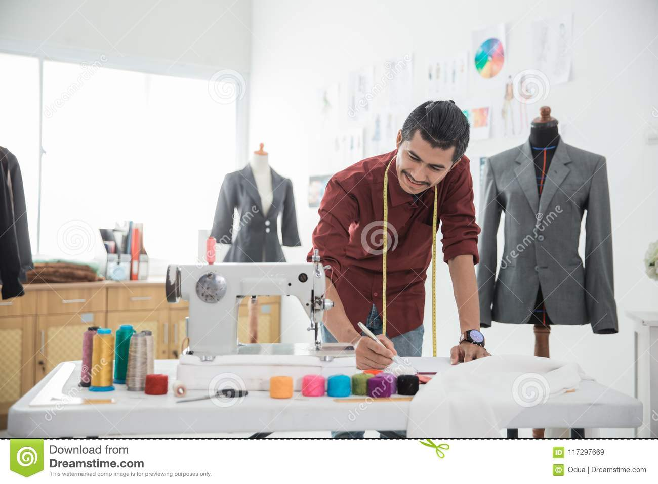 Fashion Designer Making A New Design Stock Image Image Of Handsome Indoors 117297669