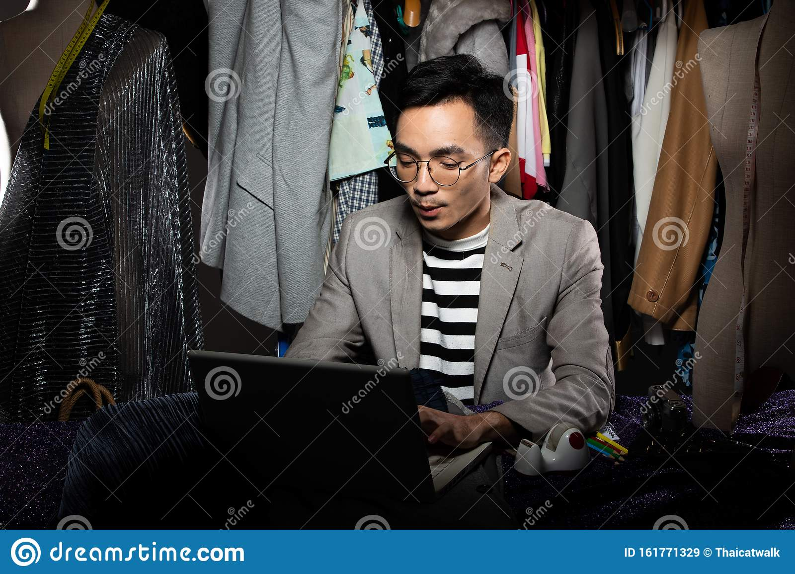 Fashion Designer Man Gray Suit Checks Order Sale Stock Image Image Of Fabric Communicate 161771329