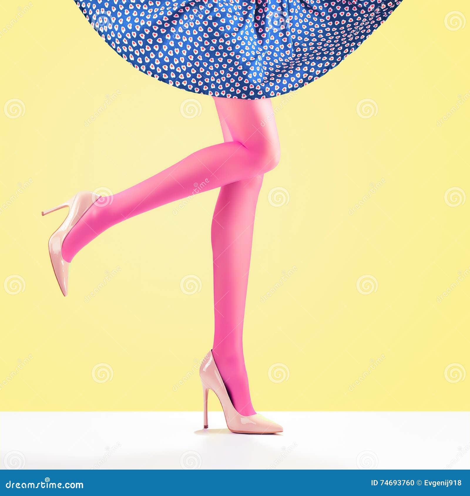 Girls high kick skirt can