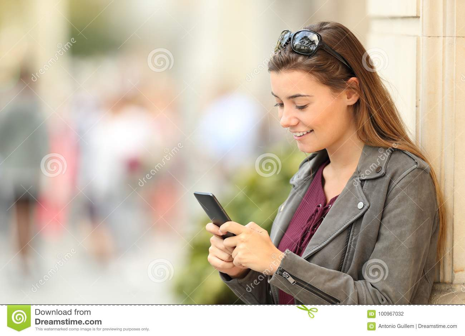 single girl mobile number