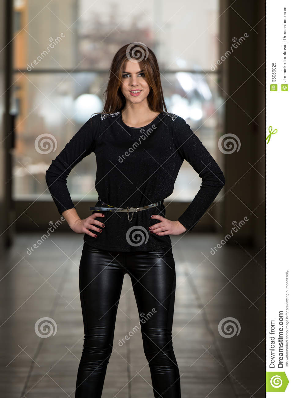 Popular   Arrogant German Women In Leather Helene Fischer In Leather Pants