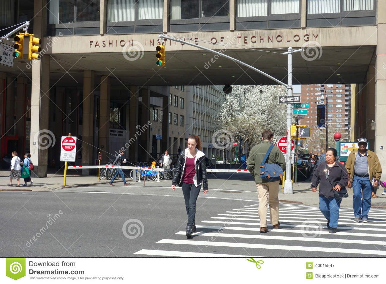 Fashion Institute Of Technology Editorial Photography Image Of Campus Designing 40015547