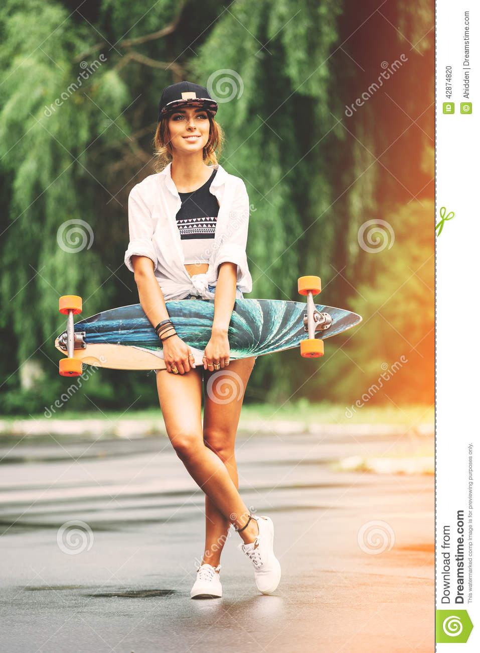 Fashion Lifestyle Beautiful Young Woman With Longboard