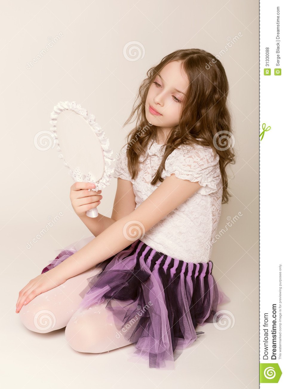 Fashion design small girls dress products are most popular in North America, Western Europe, and South America. You can ensure product safety by selecting from certified suppliers, including 37 with Other, 8 with ISO, and 6 with BSCI certification.